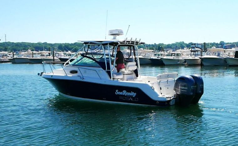 2016 Robalo 265 Cuddy Cabin Niantic, Connecticut - Offshore Yacht Sales