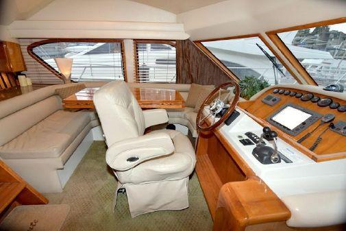 Navigator 5100 Pilothouse image