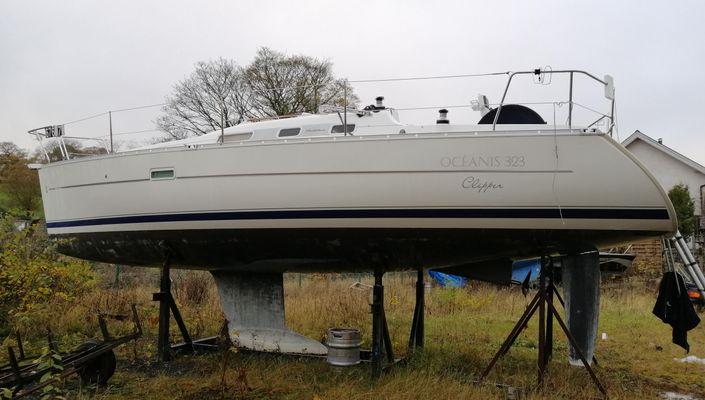 Beneteau Oceanis 323 Clipper - main image