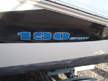 Sea Ray 190 Sport image