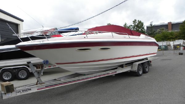 Sea Ray 260 Cuddy