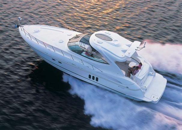 2006 Cruisers Yachts