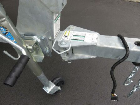 Crestliner 1700 Vision B3024 image