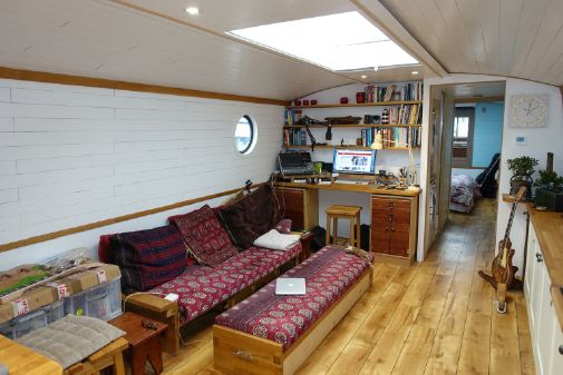 Wide Beam Narrowboat Colingwood 60 image