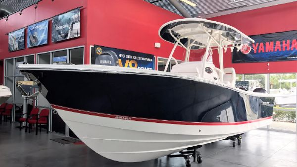 Regulator 25 Center Console 2017 Regulator 25 Center Console Saltwater Fishing Sport Fishing