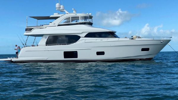 Ocean Alexander 70 E Motor Yacht