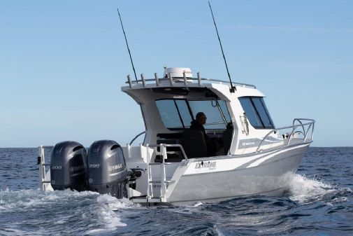 Extreme Boats 915 Walk Around image