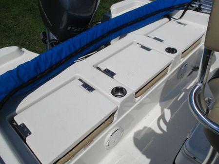 NauticStar 211 Coastal image