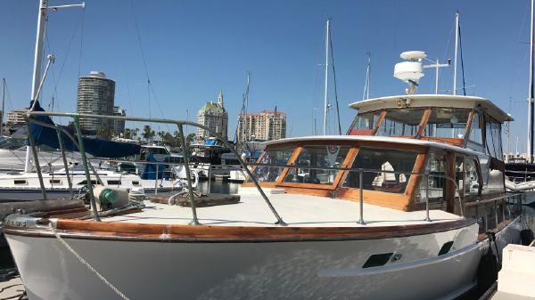 Matthews Motor Yacht