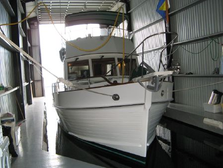 Grand Banks Aft Cabin Motor Yacht image