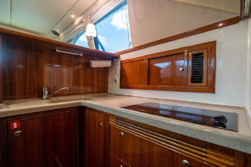 Riviera 42' Flybridge Motoryacht image