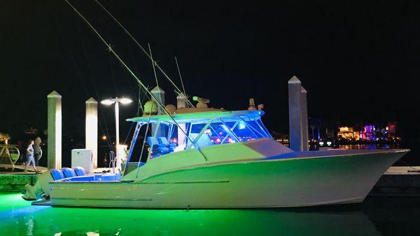 Custom Carolina 43 Cinco Boatworks Express