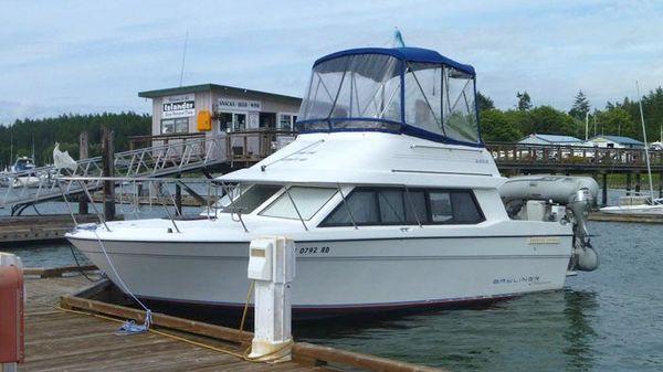 Bayliner 2858 Cruiser Bayliner 2858 Cruiser - Exterior Dockside