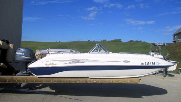 NauticStar 205 DC Sport Deck
