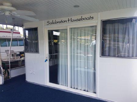 Sailabration pontoon houseboat image