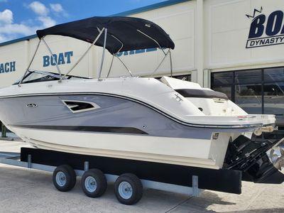 2017 Sea Ray<span>SLX 230</span>