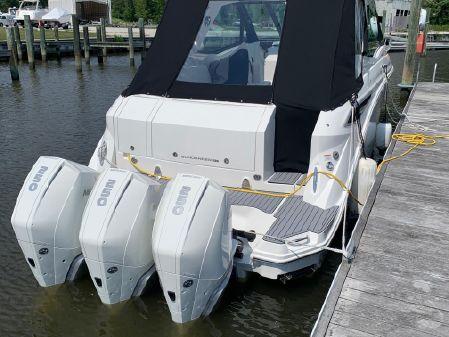 Sea Ray 320 Sundancer Coupe image