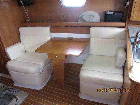 Catalina 350 MKI image