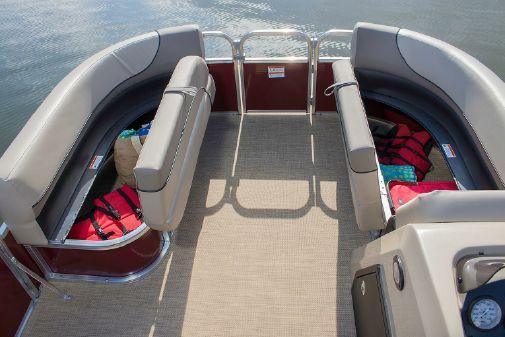 Crestliner 200 Sprint Cruise image