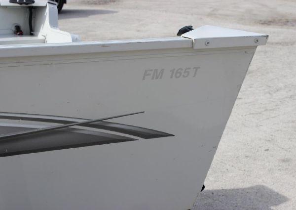 Lowe FM165T image