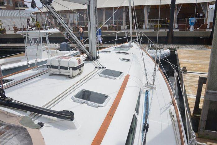 2005 Jeanneau 49 BoatsalesListing Buy