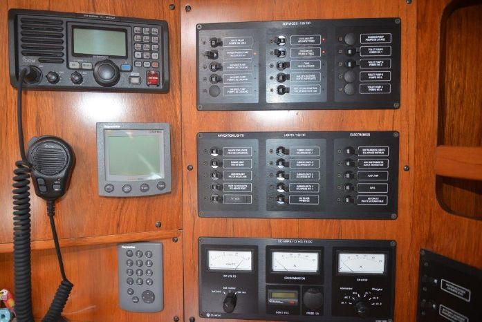 2005 Jeanneau 49 Brokerage BoatsalesListing