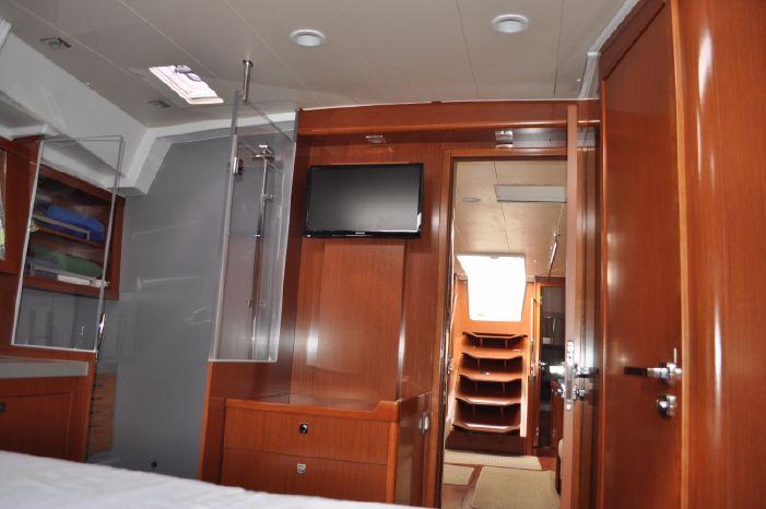 2013 Beneteau Oceanis 55 Broker Purchase