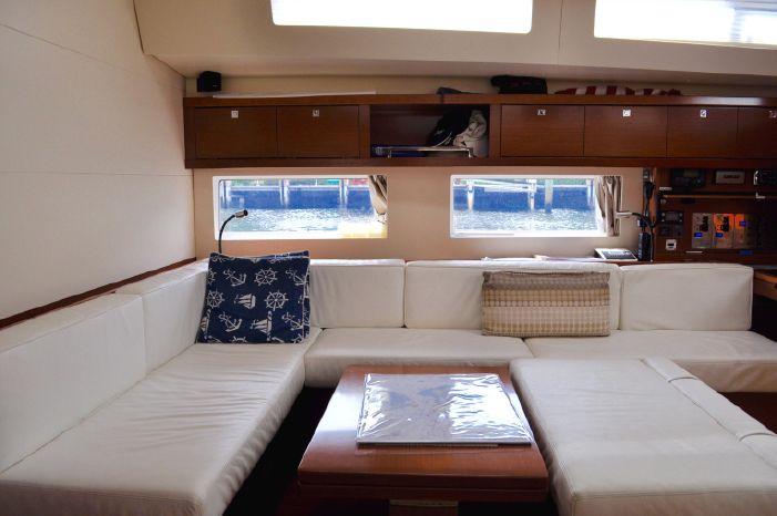 2013 Beneteau Oceanis 55 Brokerage Sell