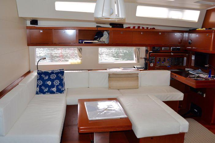 2013 Beneteau Oceanis 55 Broker New England