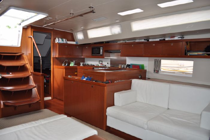 2013 Beneteau Oceanis 55 Sell Buy