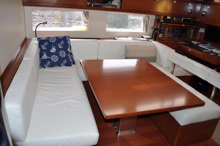 2013 Beneteau Oceanis 55 Sell Rhode Island