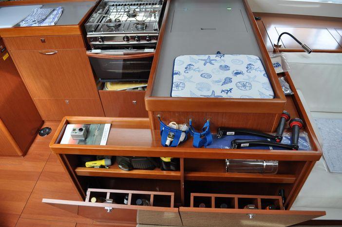 2013 Beneteau Oceanis 55 For Sale Rhode Island