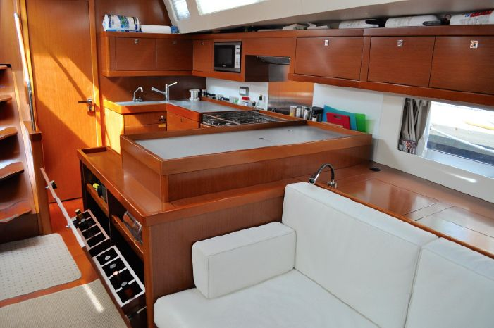 2013 Beneteau Oceanis 55 Buy Broker