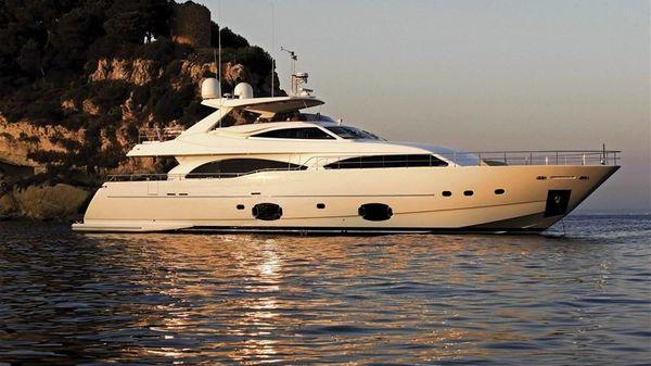 Ferretti Yachts 97 Custom Line