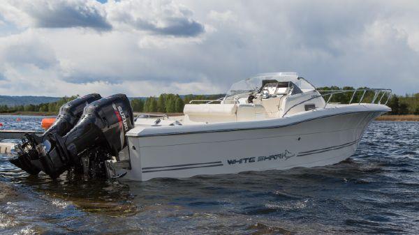 White Shark 298 Sundeck