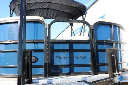 Berkshire 22 CTS Tri-toon image