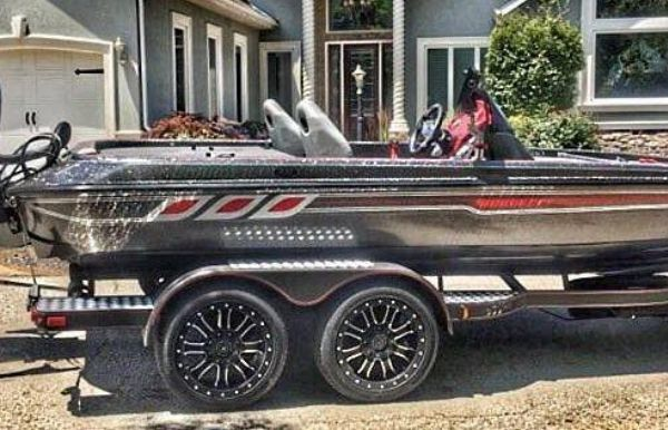 2018 Charger Bass Boat 210 Elite