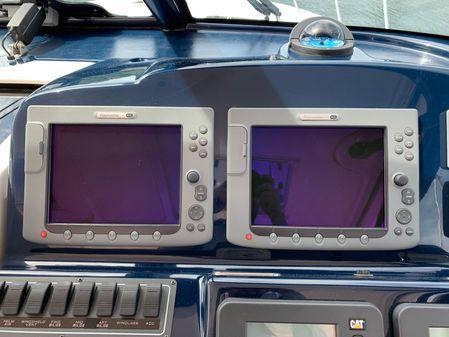 Tiara 4200 Open image