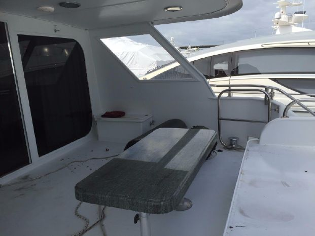 1989 Broward Motor Yacht Sell Purchase