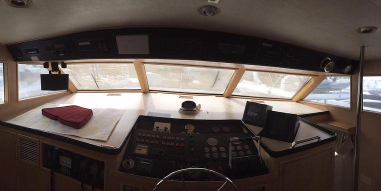 1989 Broward Motor Yacht Broker Massachusetts