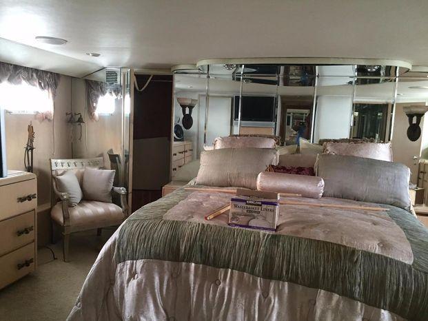 1989 Broward Motor Yacht For Sale Massachusetts