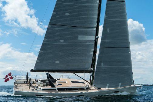 X-Yachts X6 image