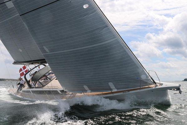 X-Yachts X6 - main image