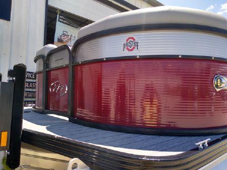 Manitou 25 Oasis SHP SR image