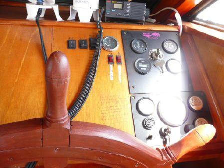 Bruce Roberts Pilot house/motorsailer image