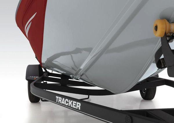 Tracker Pro Team 175 TXW image