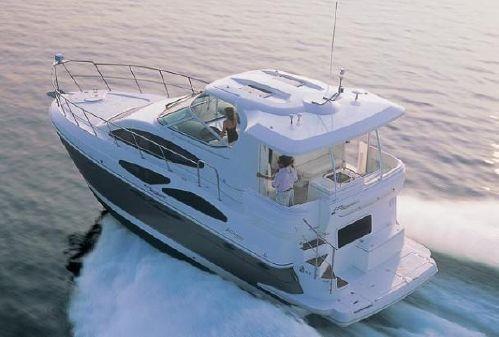 Cruisers Yachts 415 Express Motoryacht image