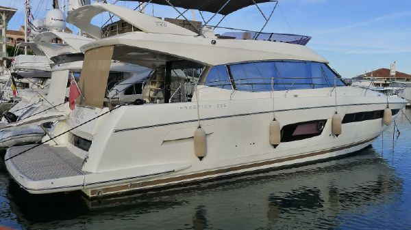 Jeanneau Power Boats for Sale - Approved Boats