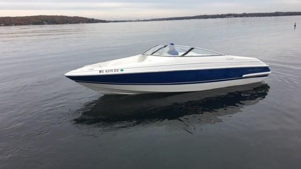 Chris-Craft 23 Concept Bowrider