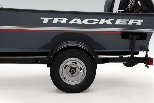 Tracker Guide V-16 Laker DLX T image